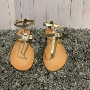 Dolce Vita pale gold sandals size 6 brand new